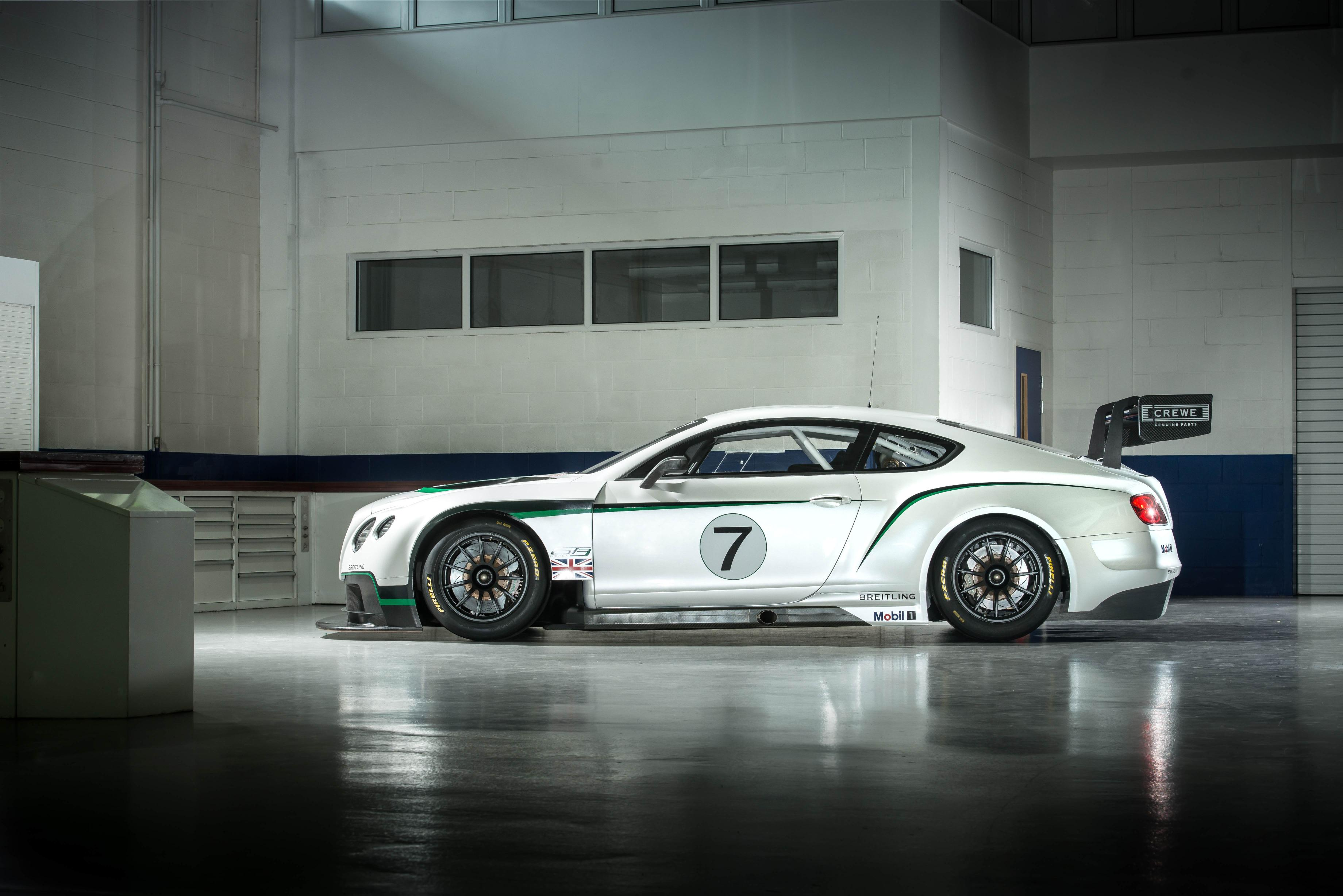 Bentley Continental GT3 Side