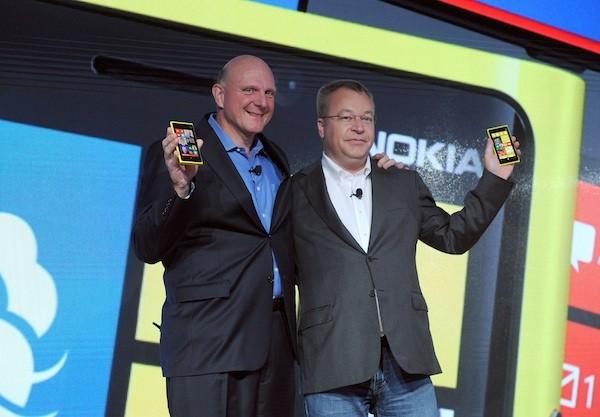 Microsoft neemt grote delen van Nokia over in 2014