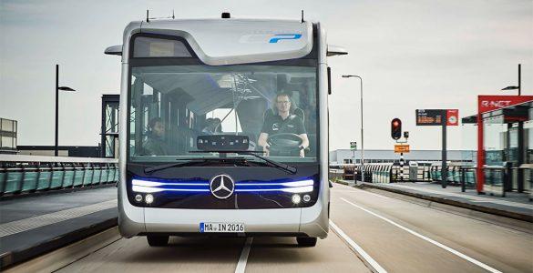 autonome mercedes bus 01