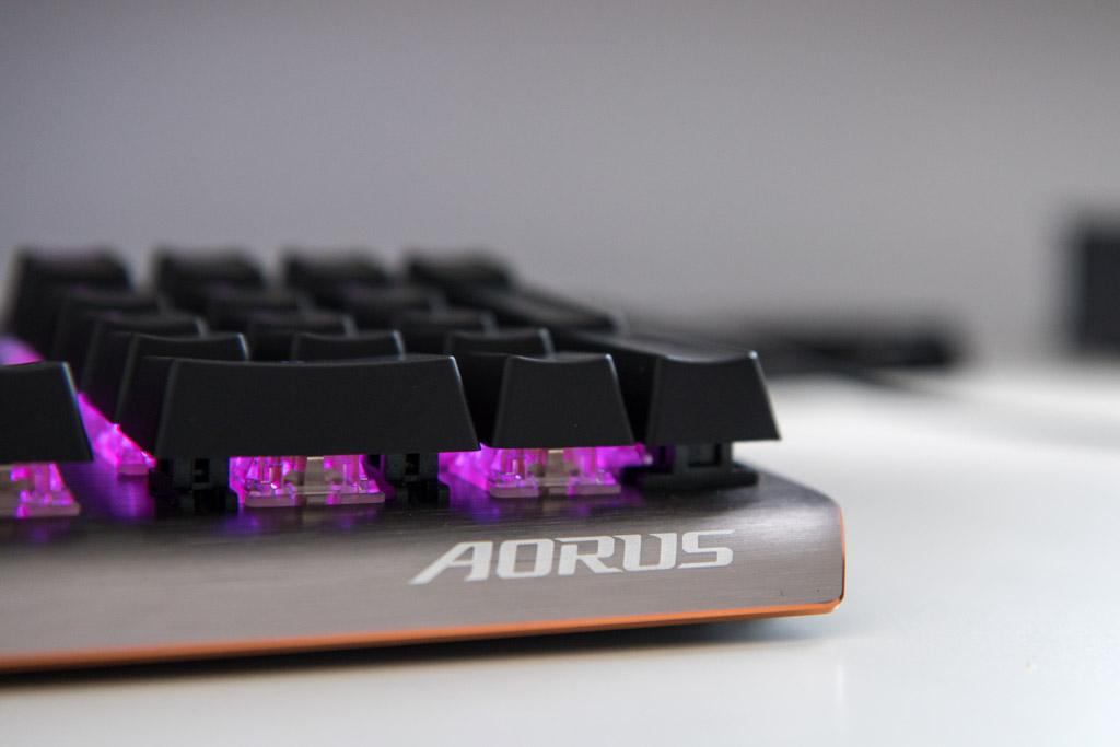 Gigabyte Aorus K7 tech365nl 001