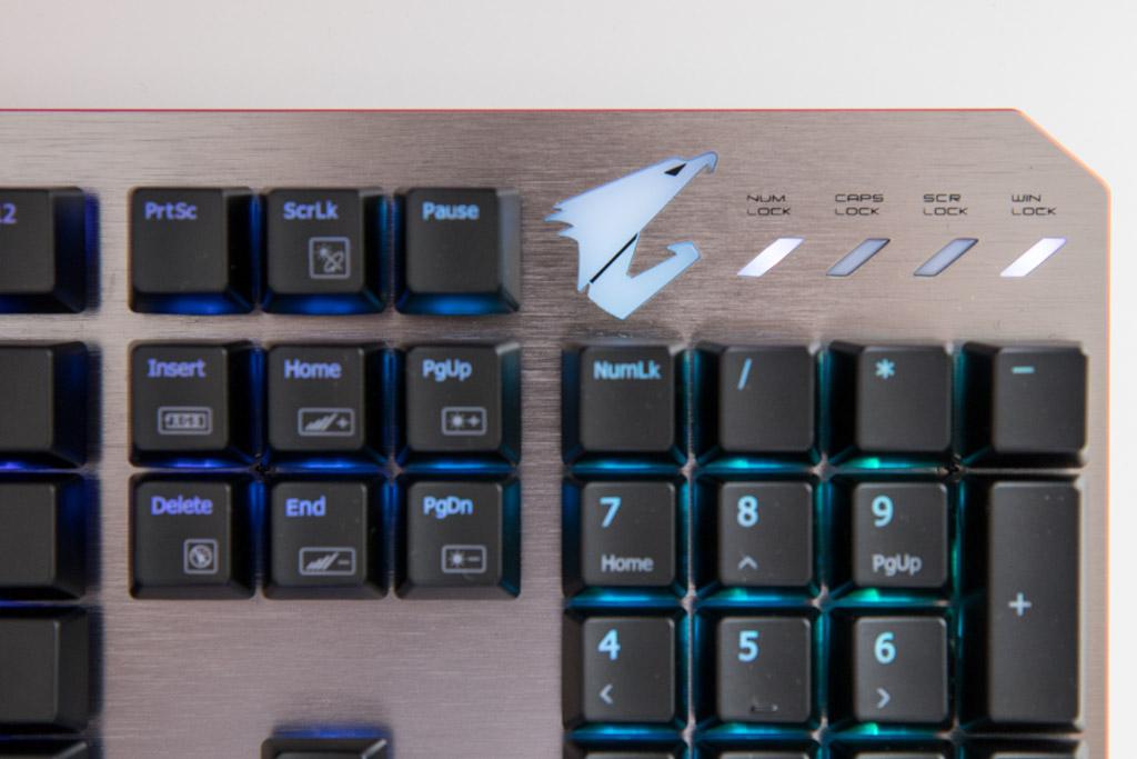Gigabyte Aorus K7 tech365nl 011
