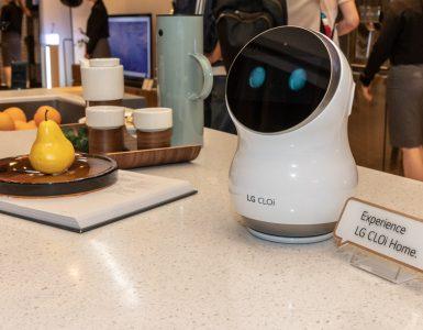 LG CLOi robot tech365nl 100
