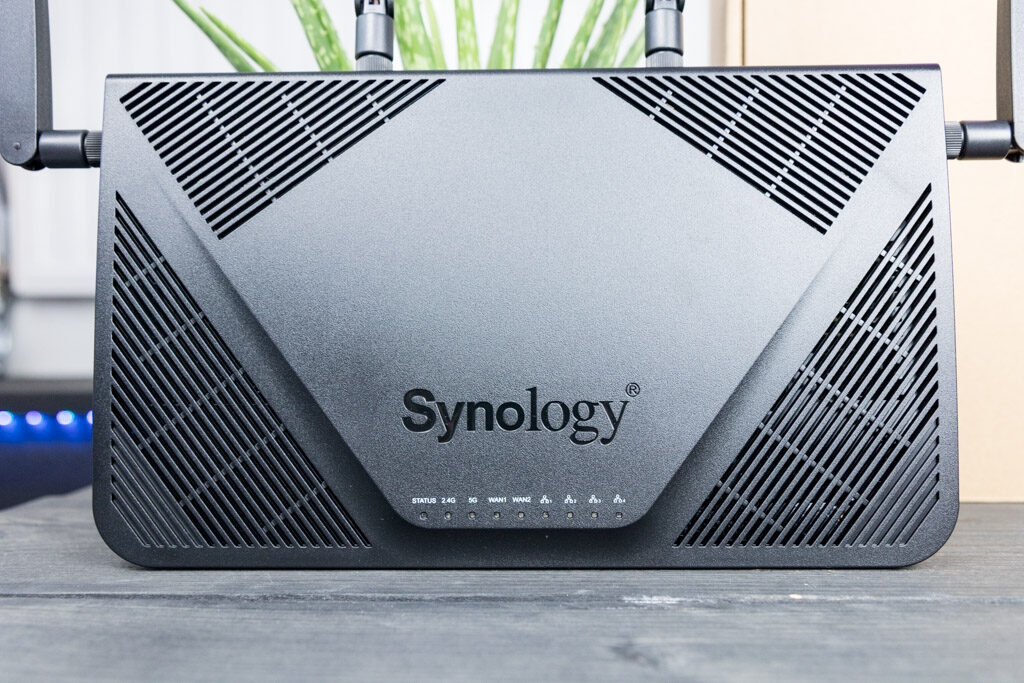 Synology RT2600ac MR2200ac tech365nl 002