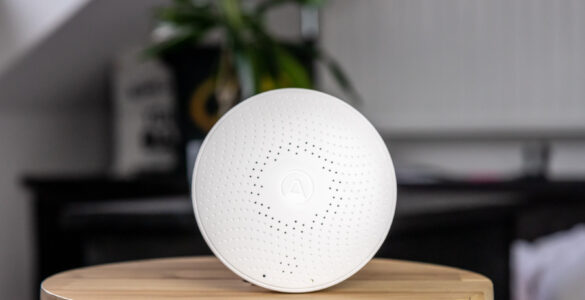 Airthings Wave Plus tech365 100
