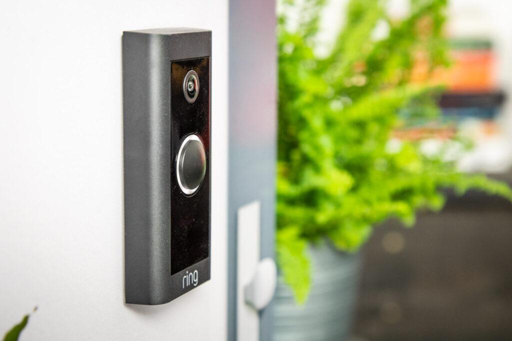 Ring Video Doorbell Wired slank design zijkant