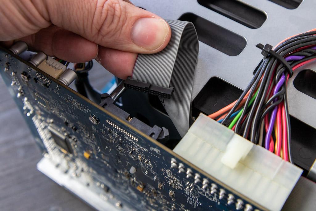 Connector van DS1515+ printplaat